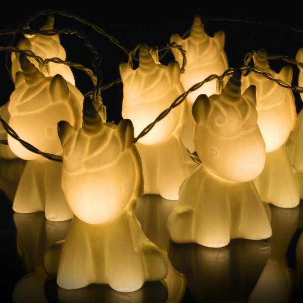 guirlande licorne lumineuse avec 10 lampes licorne en 3d. Black Bedroom Furniture Sets. Home Design Ideas